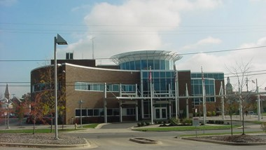 Front facing picture of the Municipal Court House