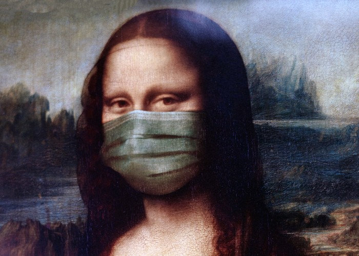 Mona Lisa wearing a medical mask